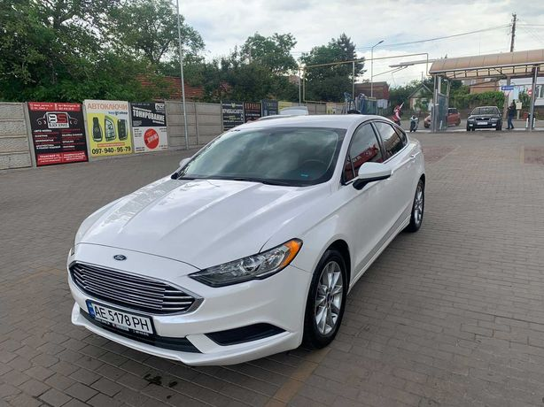Ford  2018 год 1,5