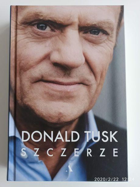 """Donald Tusk """"Szczerze"""" książka twarda oprawa 420 s., nowa, za 1/2 ceny"""