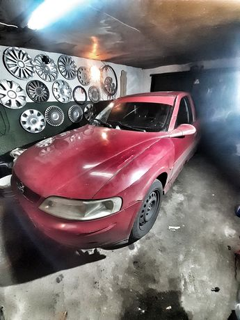Opel Vectra B (не на ходу)БЕЗ ТОРГА