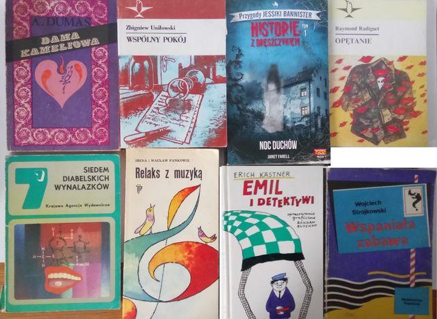 Książki mix starszych książek Wielki Gatsby, Książę i Żebrak...