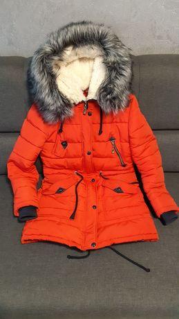 Куртка/пуховик женский