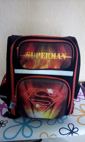 Рюкзак для мальчика на 2-3 клас