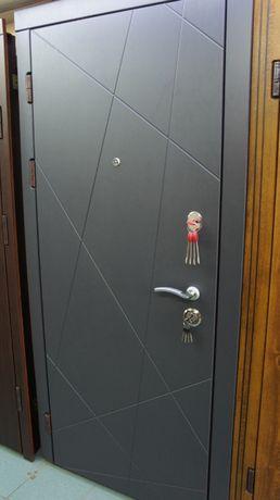 Двери в наличии и под заказ.Любой сложности - за 2 недели!!!