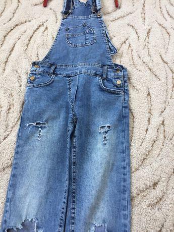 Стильний джинсовий комбінзон для дівчинки 7-12 років.