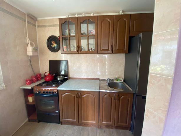 Продам Кухню Стол Газовая Плита