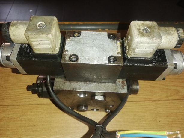 Wózek widłowy gpw2510 rozdzielacz jazdy