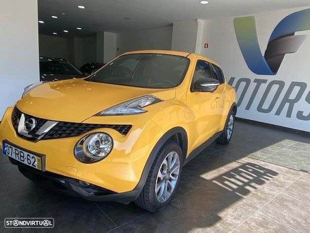 Nissan Juke 1.6 N-Connecta P.E.1 Yellow S.TP.Xtronic