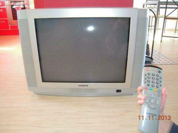 Telewizor Samsung 32 cale.