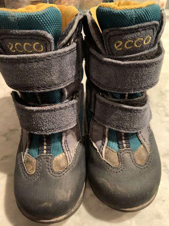 Nieprzemakalne, ocieplane zimowe buty Ecco