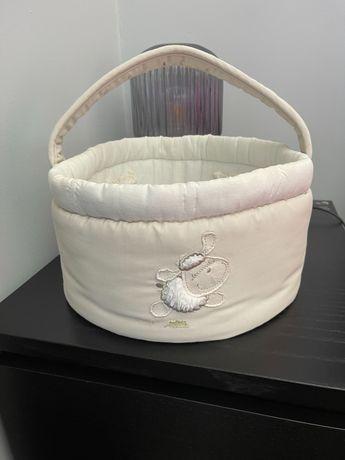Vende-se cestos para produtos de bebé