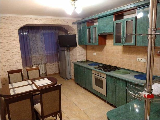 продам двухкомнатную квартиру на Марсельской