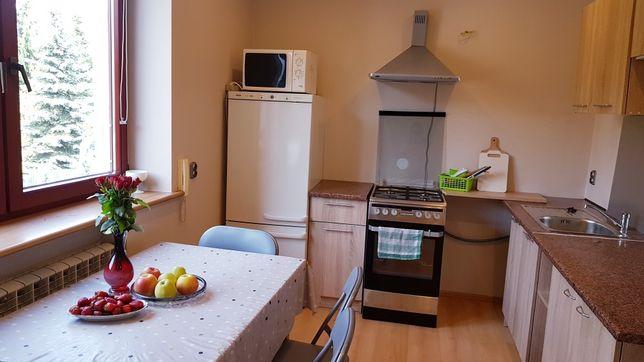 Przytulny i czysty hostel od 20 zł! Noclegi dla firm oraz pracowników.