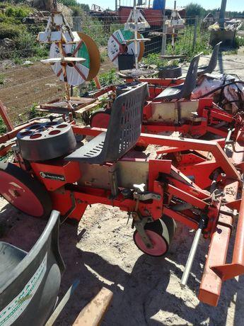Plantador de 3 linhas CHECCHI & MAGLI