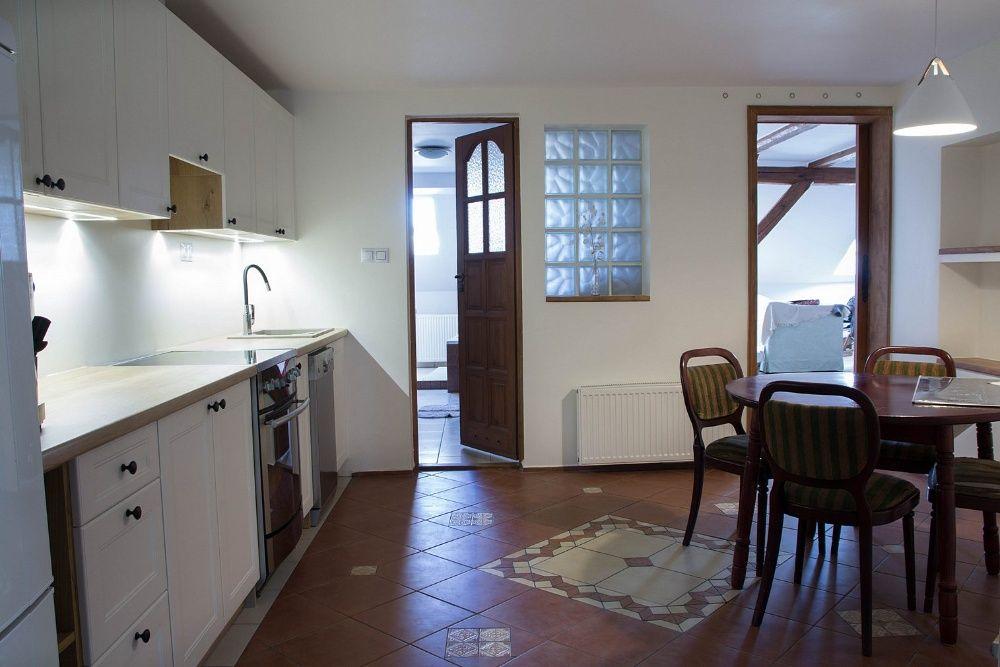 Wynajmę 3 pok mieszkanie w Bolesławcu (centrum) 80m2 z ładnym widokiem Bolesławiec - image 1