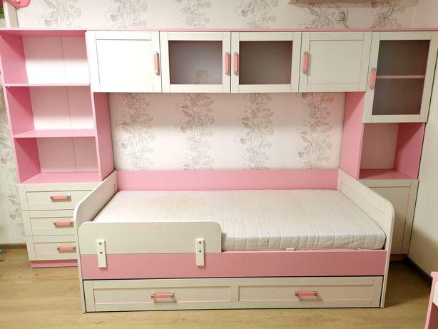 СРОЧНО! Мебель детская для девочки Аква Родос кровать,шкаф,стол