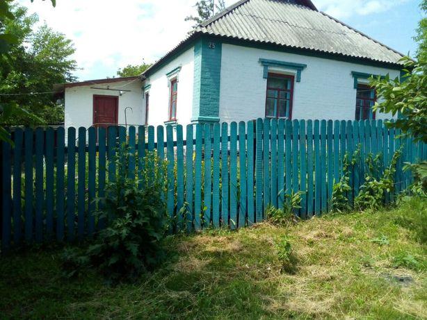 Продам дом  в селе Юрковка