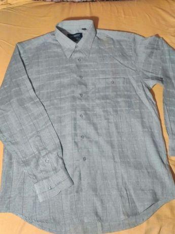 Рубашка мужская теплая плотная состояние новой