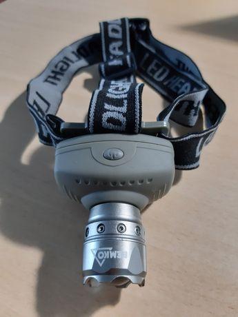 Налобный фонарик Bemko C49-LB-420 с зумом линза светодиодный