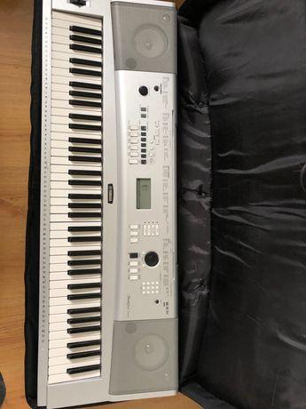 Keyboard Yamaha DGX-230