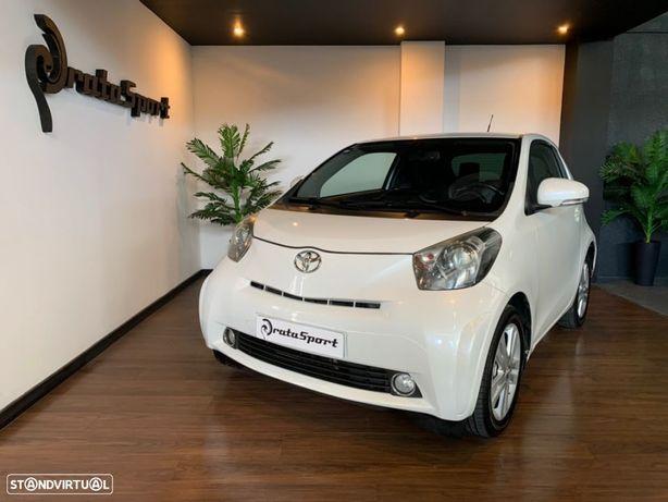 Toyota iQ 1.33 VVT-i 3 MultiDrive NAVI