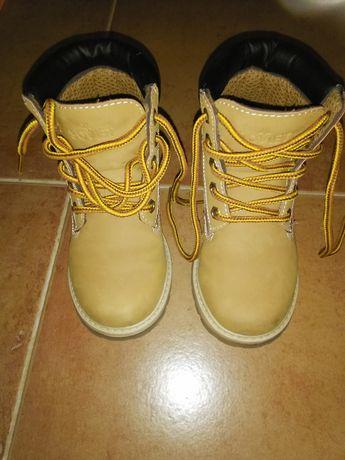 sapatos , botas , crocs , sandália