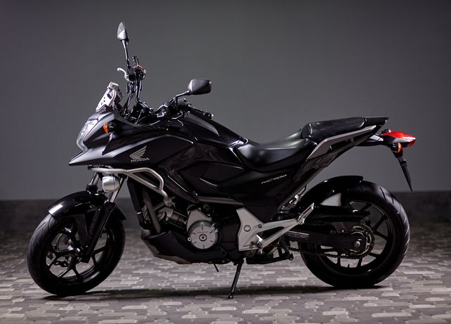 Мотоцикл Honda NC 700XD, автомат, спорт-тур