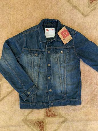 Джинсовая курточка на девочку 14 лет.