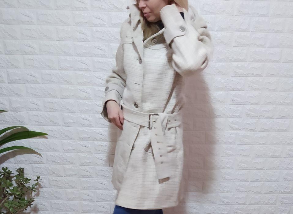 Пальто женское светлое и темное Диброва - изображение 1