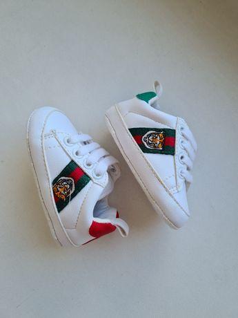 Кеды кроссовки пинетки тапки Gucci 10,5см.