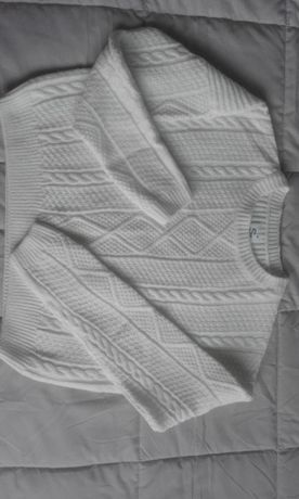 Biały sweter Sinsay