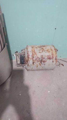 Мотор від холодильника Саратов 1413.