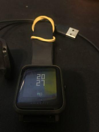 Смарт часы Amazfit Bip Xiaomi (требуют ремонт)