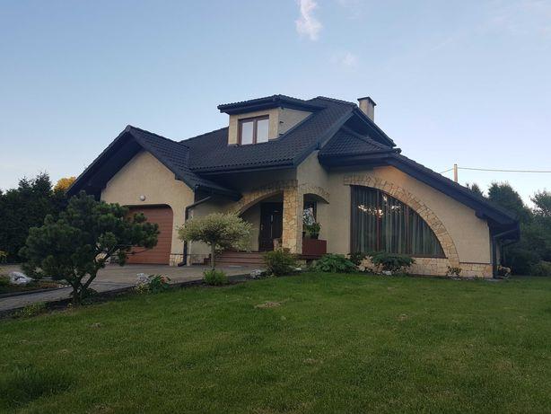 Ładny Dom w Łazach