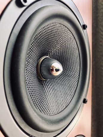 Koda k5200f kolumny podłogowe na wstęgowym głośniku