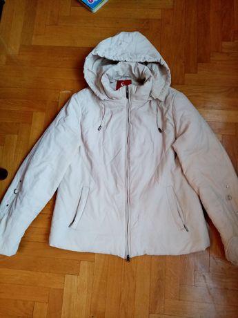 Подарую куртки 4 шт самовивіз