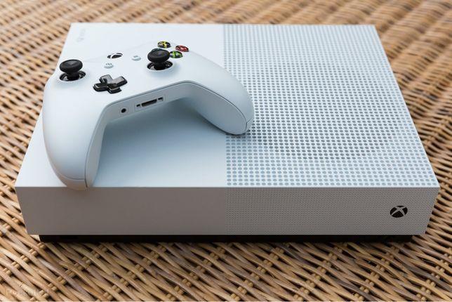 Xbox one s com 2 comandos