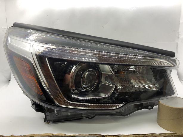 Фара Subaru Forester права 2019 2020 2021 рік США Led