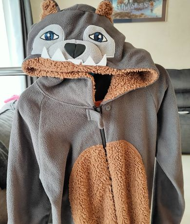 Wilk- piżama/kostium
