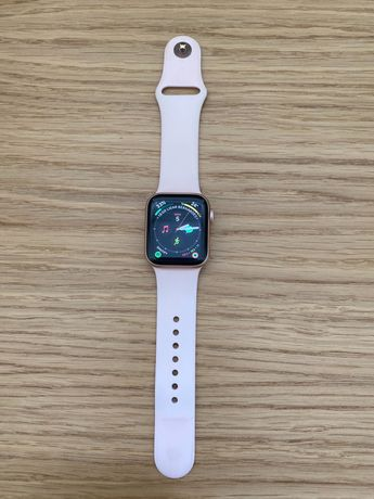 Apple Watch Series 4 40mm Rose + 2 pulseiras extra