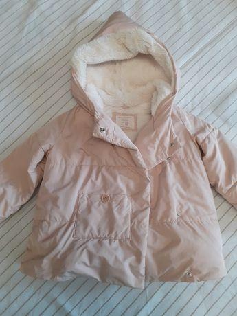 Куртка на девочку 3-4года.