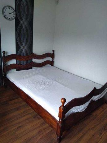 Zestaw mebli sypialnianych ręcznie robionych