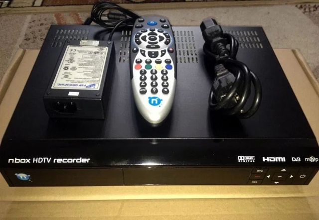 nBOX 5800 BSLA Enigma 2 Hdd 250GB PVR IPTV WiFi
