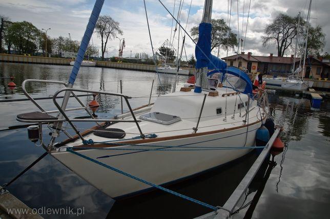 Jacht żaglowy morski Carter 30