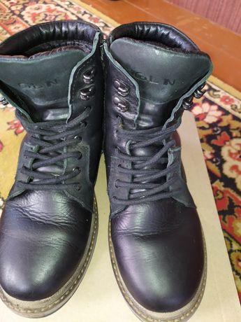 Зимові черевики чол. 38р.