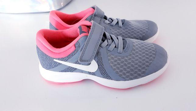 Nike Revolution 4 buty sportowe na rzep roz 28.5 wkl 17.5cm