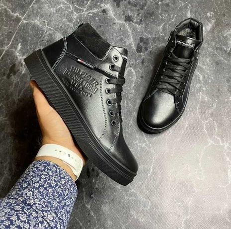 Зимние ботинки на меху из плотной кожи  Tommy hilfiger