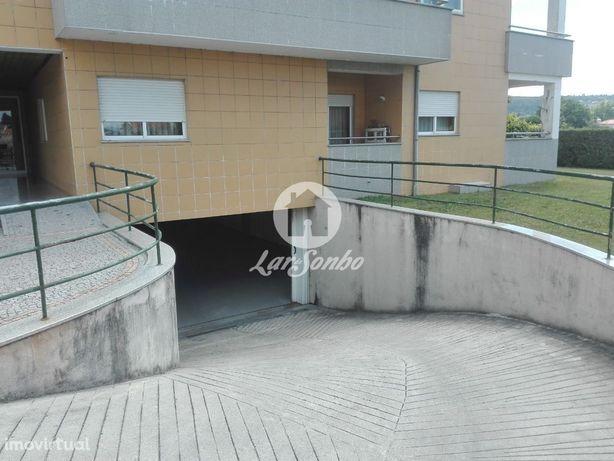 2 Lugares de garagem c/ 26,5m2 de área total cada um em Nine, Vila ...