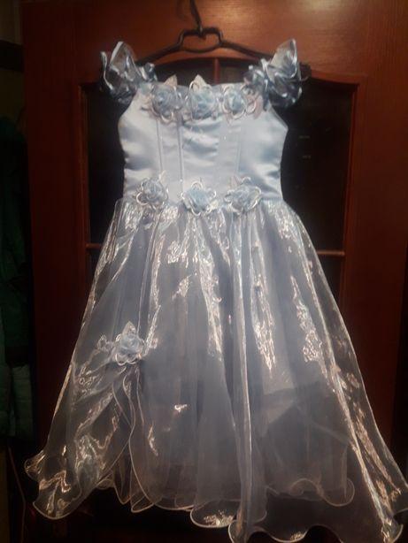 Нарядное платье к праздникам