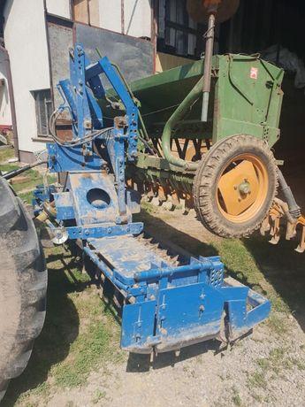 MT skup maszyn rolniczych siewniki agregaty plugi rozsiewacze i inne