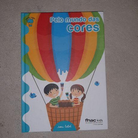 """Livro """"Pelo mundo das cores"""""""